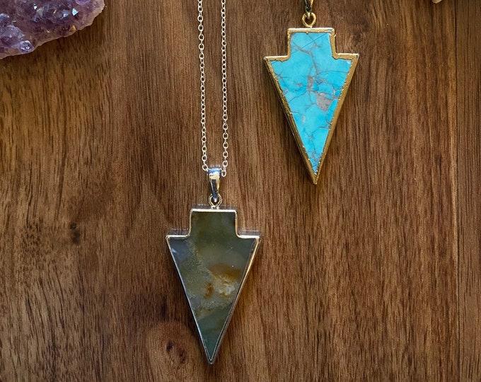 Stone Arrow pendants | Howlite stone necklaces