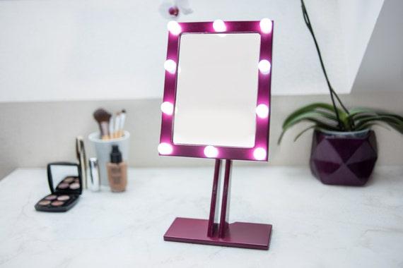 Make Up Spiegels : Lila make up spiegel mit beleuchtung hollywood beleuchtete etsy