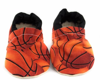 Basketball baby etsy basketball baby shoes nba baby moccs moccasins baby booties crib shoes negle Choice Image
