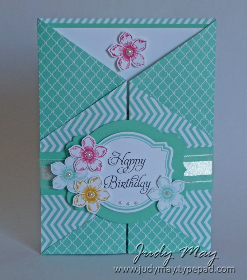 Craft Tutorial  Double 'Z' Fancy Fold Card image 0