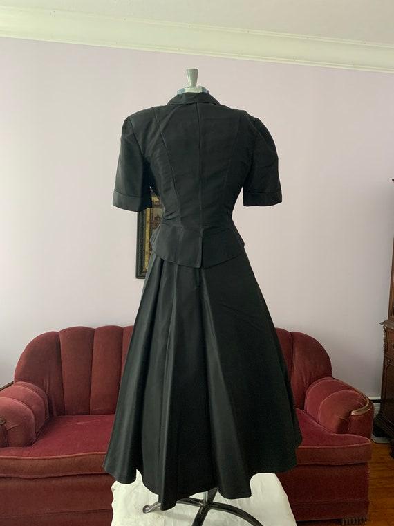 40s Black Taffeta Suit, 40s Circle Skirt, Vintage… - image 2