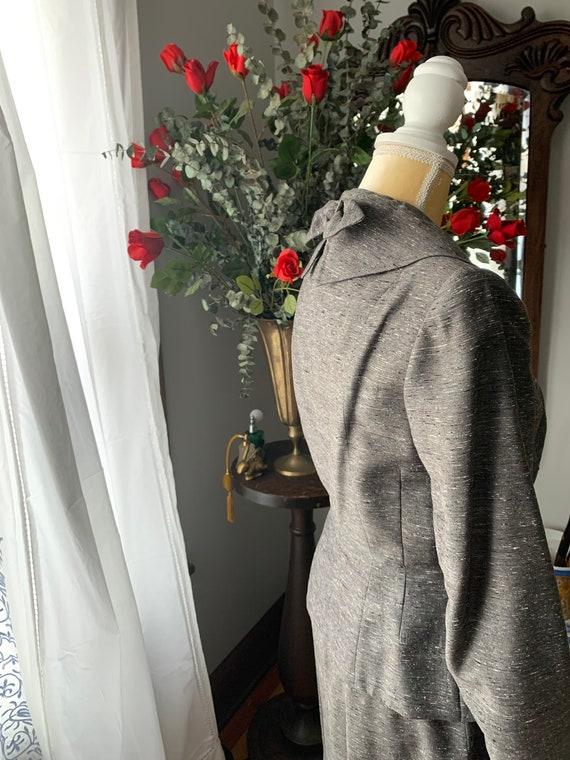 40s Grey Dress Suit, 40s Leslie Fay Pencil Suit, … - image 10