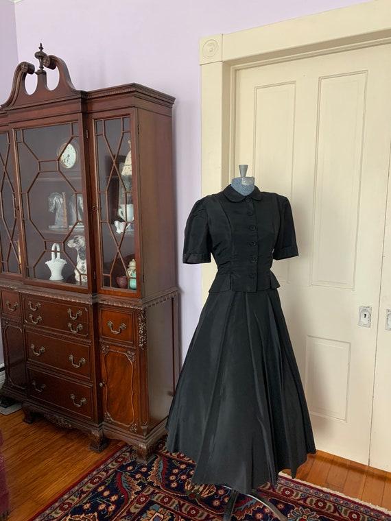 40s Black Taffeta Suit, 40s Circle Skirt, Vintage… - image 10