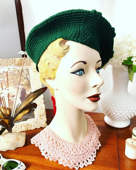 40s Green Knitted Beret, Vintage Hand Knitted Bere