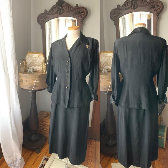 40s Black Rayon Crepe Suit, Vintage 40s Sequined T
