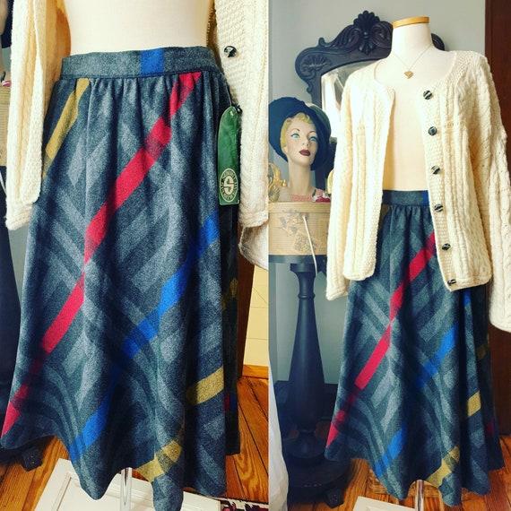 Vintage Plaid Wool Skirt, 70s Grey Plaid Skirt, Si