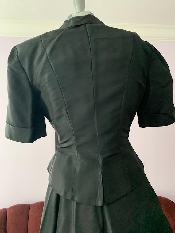 40s Black Taffeta Suit, 40s Circle Skirt, Vintage… - image 5