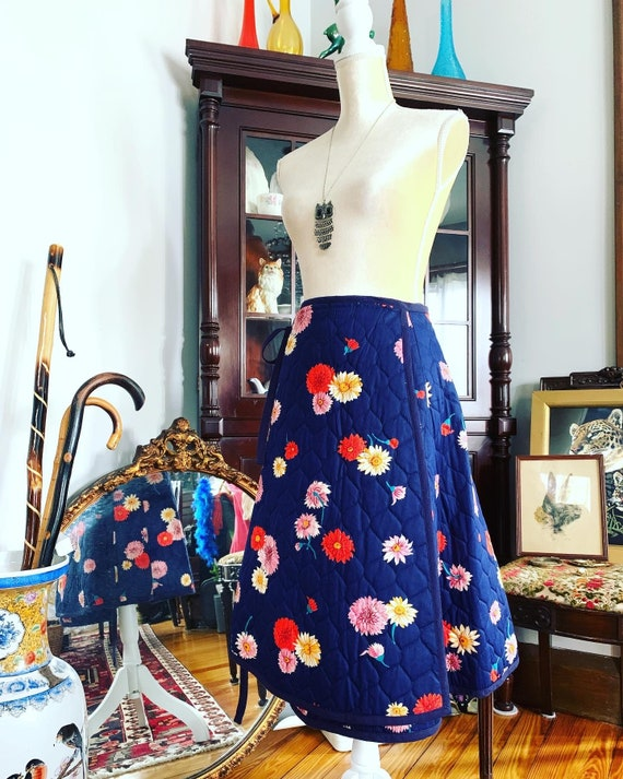 Vintage Quilted Floral Wrap Skirt, 70s Navy Blue Q