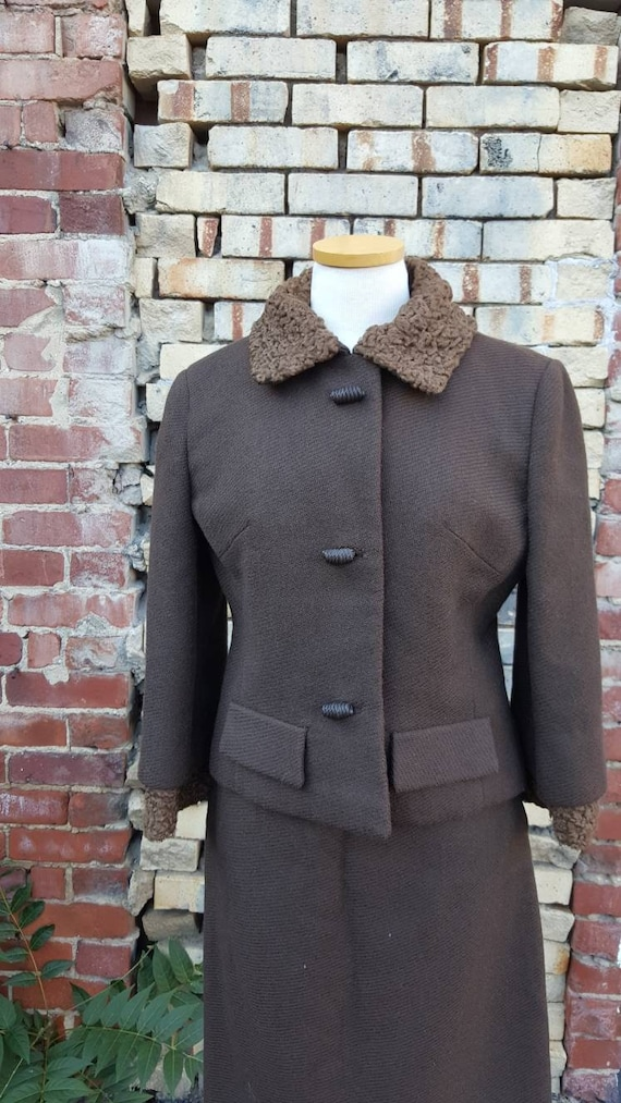 40s 50s Brown Wool Persian Lamb Wool Skirt Suit, … - image 2