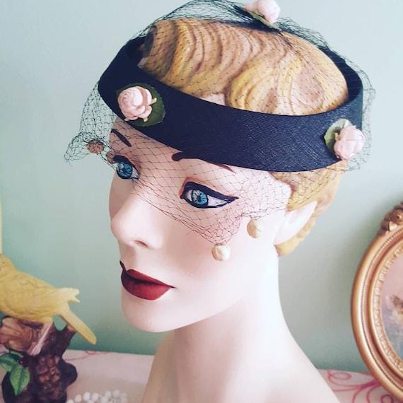 50s Rosebud Hat, 1950s Blush Pink Roses Black Hat… - image 7
