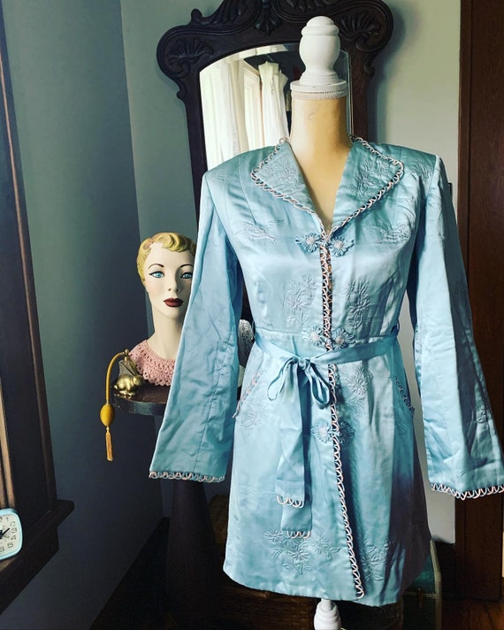40s Blue Silk Embroidered Crane Robe, 40s Blue Asi