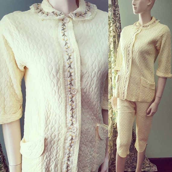 50s 1950s Yellow Pajama Quilted Set, Vintage 50s P