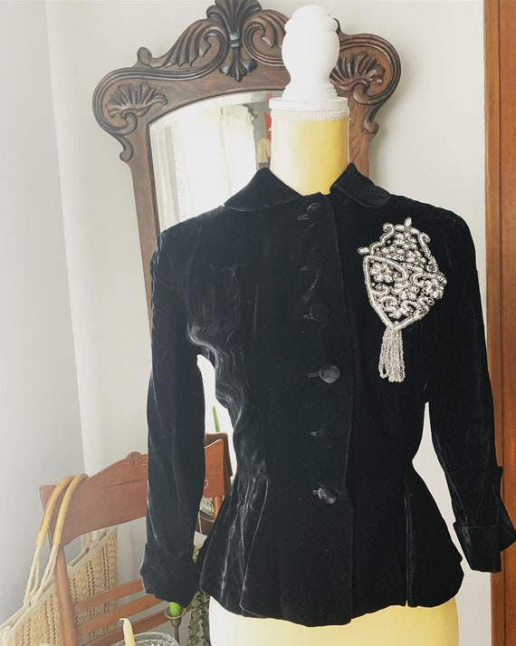 30s Black Velvet Blazer, 30s Black Velour Jacket, Glass Beaded Pocket, Fringe, Flapper Top, Size Small Blazer, Size Small Jacket, Peplum