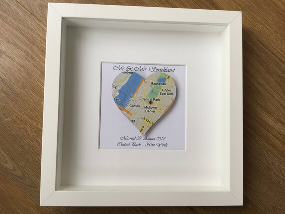 Memory box frame Personalised heart Map Wedding location gift | Etsy