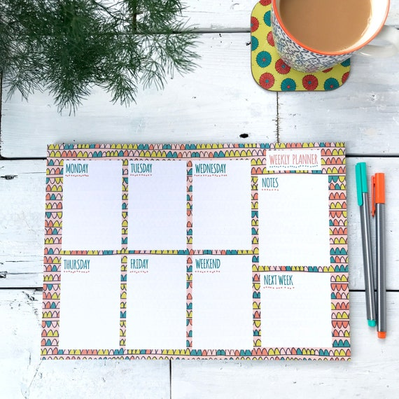 A4 Weekly Planner desk pad / Coral pattern design