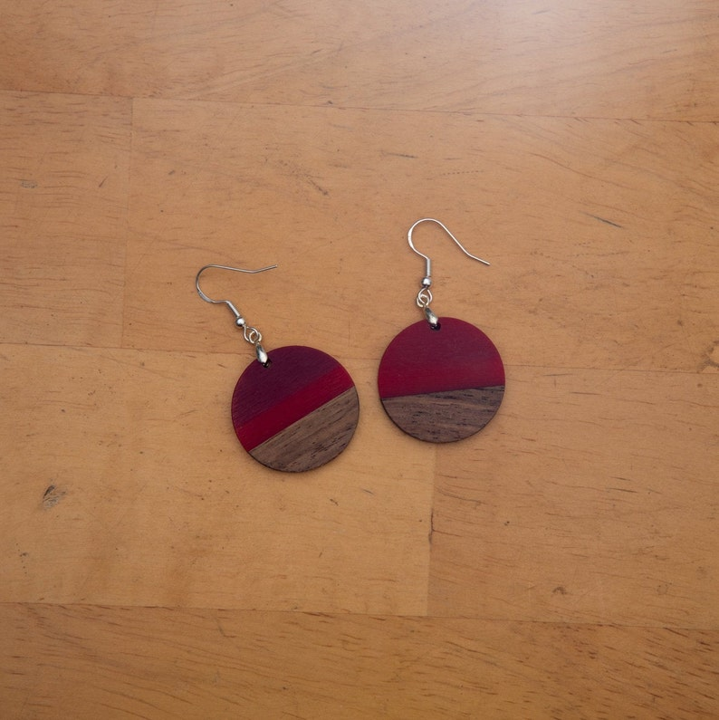 Red /& Maroon Epoxy Resin Unusual Dangle Earrings with Natural Wood Boho Aesthetic Circular Round Design Style for Women and Girls Homemade