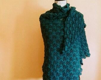 Châle fin étole triangle écharpe pure laine d alpaga surfine bleu intense  ajouré cocooning 195154201a1