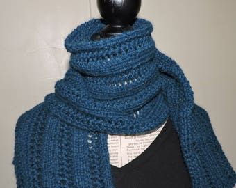Intense blue scarf in Alpaca and wool