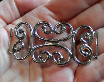 Thirteen Vintage Silver Tone Metal Decorations, MD13