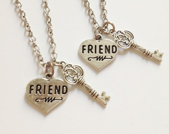 set of 2 friend necklace - key necklace - heart necklace - love - friendship - sister necklace - birthday gift - Christmas gift