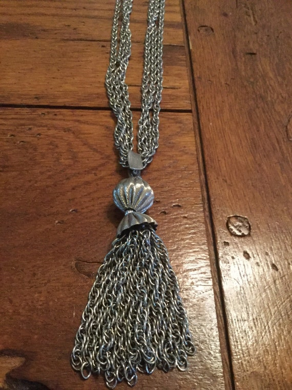 Lisner Tassel Necklace