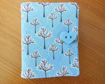 Hand made sewing needle case with 6 felt pages