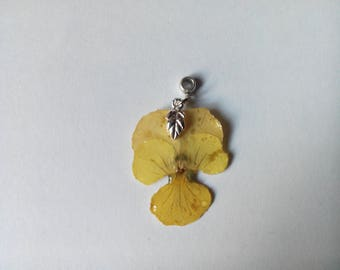vegetable yellow pansy flower pendant