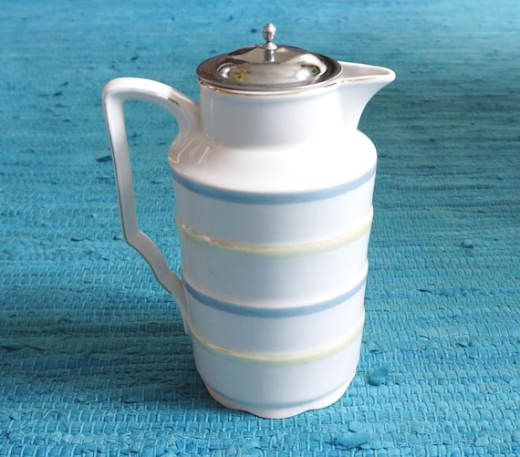 Art deco lusterware cocoa pitcher possibly Leuchtenburg Germany, metall lid  + sieve, good condition  Teapot / coffeepot early 1900's vintage