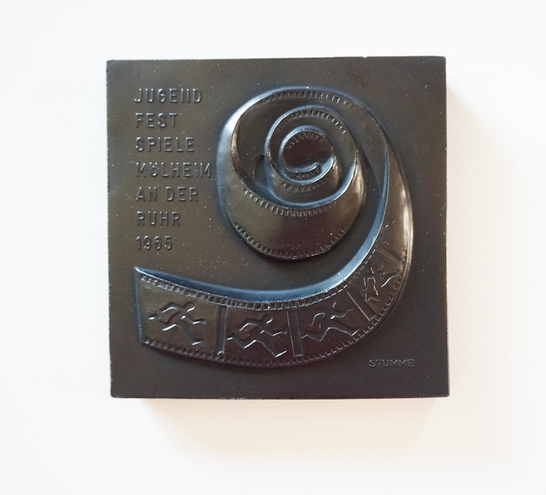 charcoal pottery: relief plaquette film strip carbon ceramic medal Wall plaque Youth Festival Jugend Festspiele M\u00fclheim Germany 1965