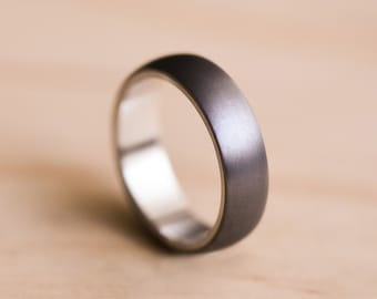 Brushed Domed Tantalum Ring with a White Gold Liner - Dark Blue Grey Tantalum