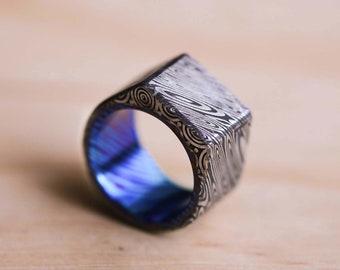 Damasteel Damascus Heimskringla Pattern Signet Ring With a Timascus Liner