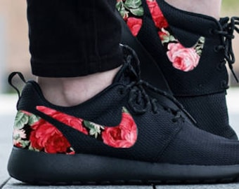 official photos a9210 06331 Nike Roshe Run One Custom Pink Floral Print