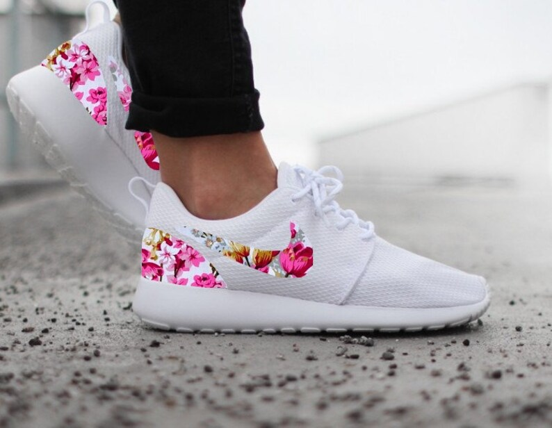 official photos 3d962 7d8ce Nike Roshe Run Womens White with Custom Pink Floral Print   Etsy