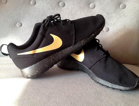 6867955c01d4 ... Nike Roshe Run Black with Custom Gold Swoosh and Splatter Sole Etsy ...