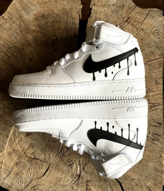 Nike Air Force 1 Mid Blanc Avec Un Design Noir Candy Goutte à Goutte