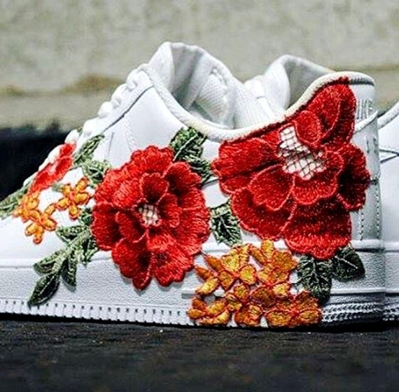 Nike Air Force 1 Low avec Rose Floral brodé   Etsy