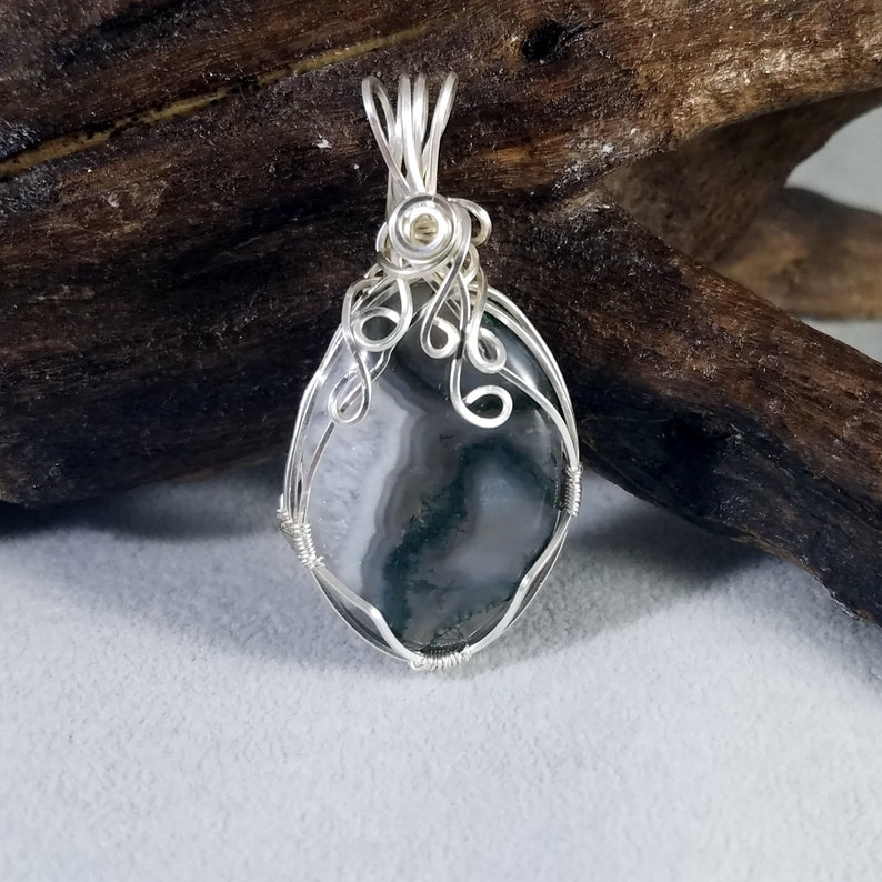 Necklace Wire Jewelry Gemstone Pendant Healing Gemstone Wirewrapped Handmade Sterling Silver Woven Moss Agate with Quartz Pocket Pendant