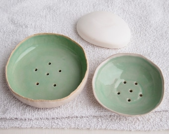 Handmade turquoise ceramic soap dish, turquoise pottery soap dish, turquoise soap holder, turquoise bathroom decor, ceramic soap holder
