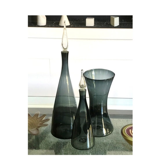 Iconic BLENKO Anderson #920L Glass Decanter in CHARCOAL-Minty & Ships Free to the U S.
