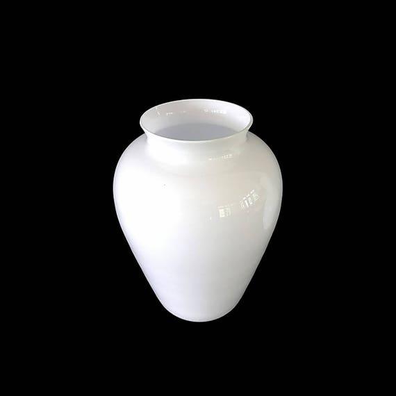MODERN SALVIATI Murano Lattimo/White Cased Glass Ginger Jar Vase, Signed