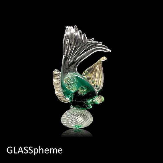 C.1950s MURANO A.VE.M (Arte Vetraria Muranese) Glass Fish with Gold Aventurine and Label