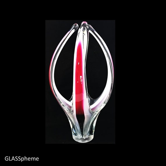 "MONUMENTAL 19"" Tall FLYGSFORS COQUILLE Biomorphic Sommerso Cranberry Glass Sculpture by Paul Kedelv, Signed 1960"