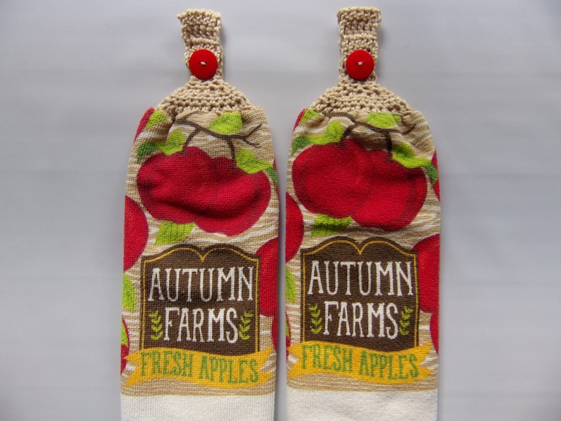 2 Hanging Kitchen Dish Towels Crochet Tops Leaves Fall Autumn Friends Family
