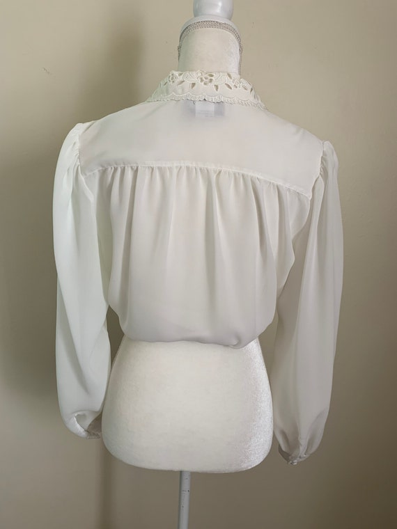 Vintage Sheer Cream Statement Collar Pleat Front … - image 5