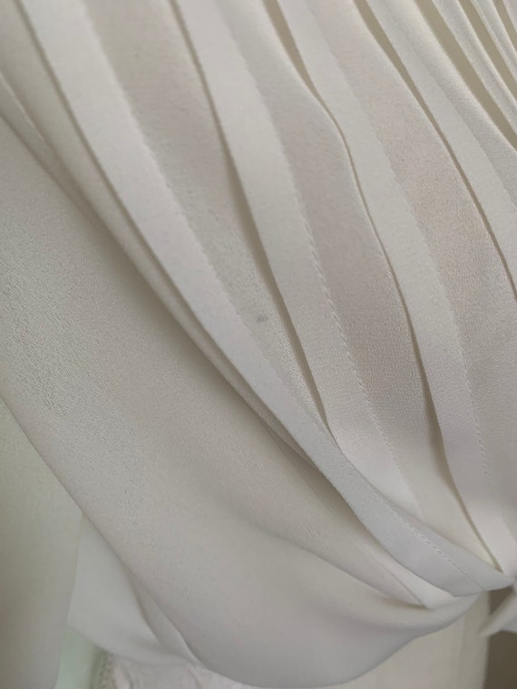Vintage Sheer Cream Statement Collar Pleat Front … - image 9