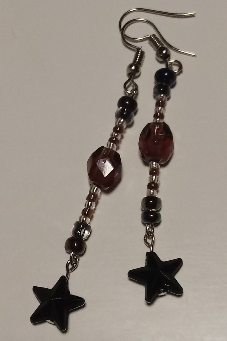 Unicorn Beaded Star Accent and Matching Dangle-Star Earrings Choker-Style Necklace with Silver-Chained
