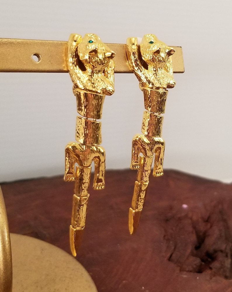 Vintage Gold With Green Eyes Kitty Dangle Vintage Articulated  Cat Clip On Earrings Vintage Bright Gold Clip On Dangling Cat Earrings