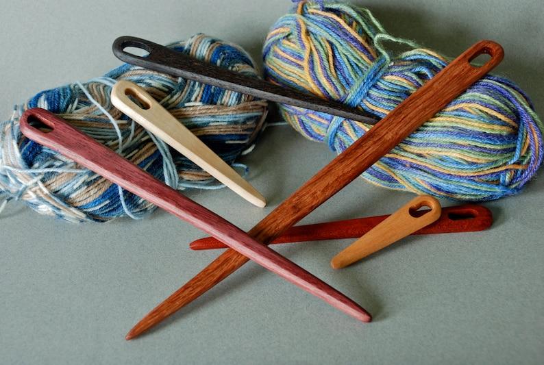 TOOL-Wooden Weaving Nalbind Tapestry Viking Needle Shuttle in image 0