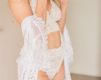 0674404859 Bridal lingerie