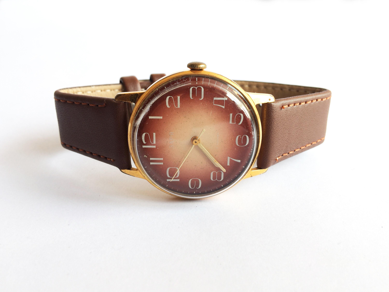 997d2a8479637 Soviet watch. Mechanical watch. Vintage wrist watch Gold | Etsy